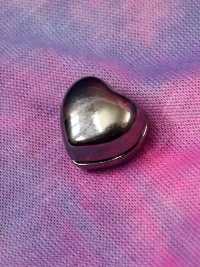 heart magnetic pin
